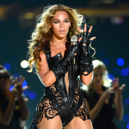 beyonce-superbowl-tour-stage-style-forbes