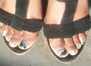 Turquoise and Champagne Pedi