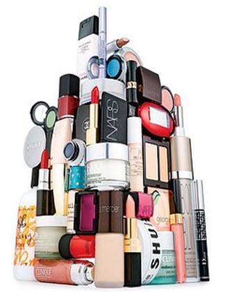 makeup-pile