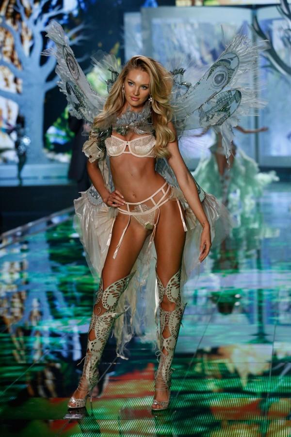 victorias-secret-fashion-show-2014-candice-swanepoel-2