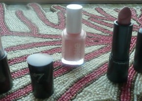 Mini Makeup Haul – New Lippies, Essie Winter Collection