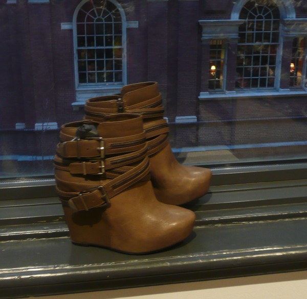 bcbgeneration ankle boots