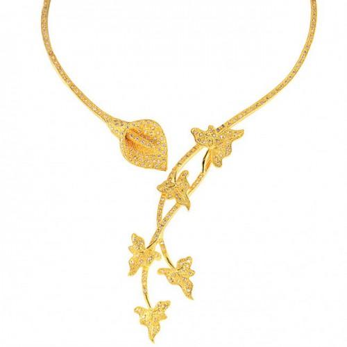 calla-lily-collar