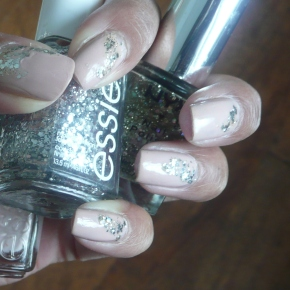 Mani of the Day – Essie Neutral + Sparkle