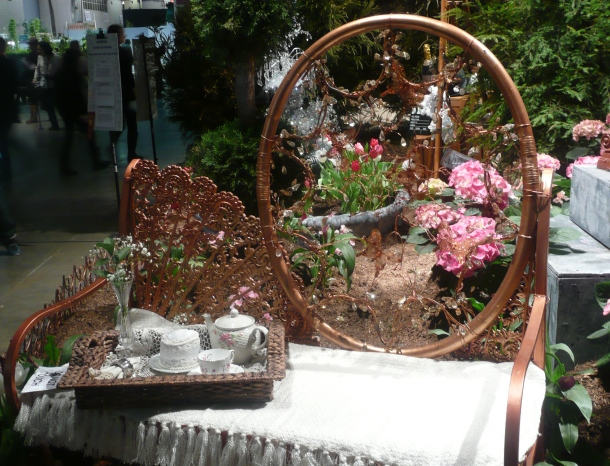flower show chair