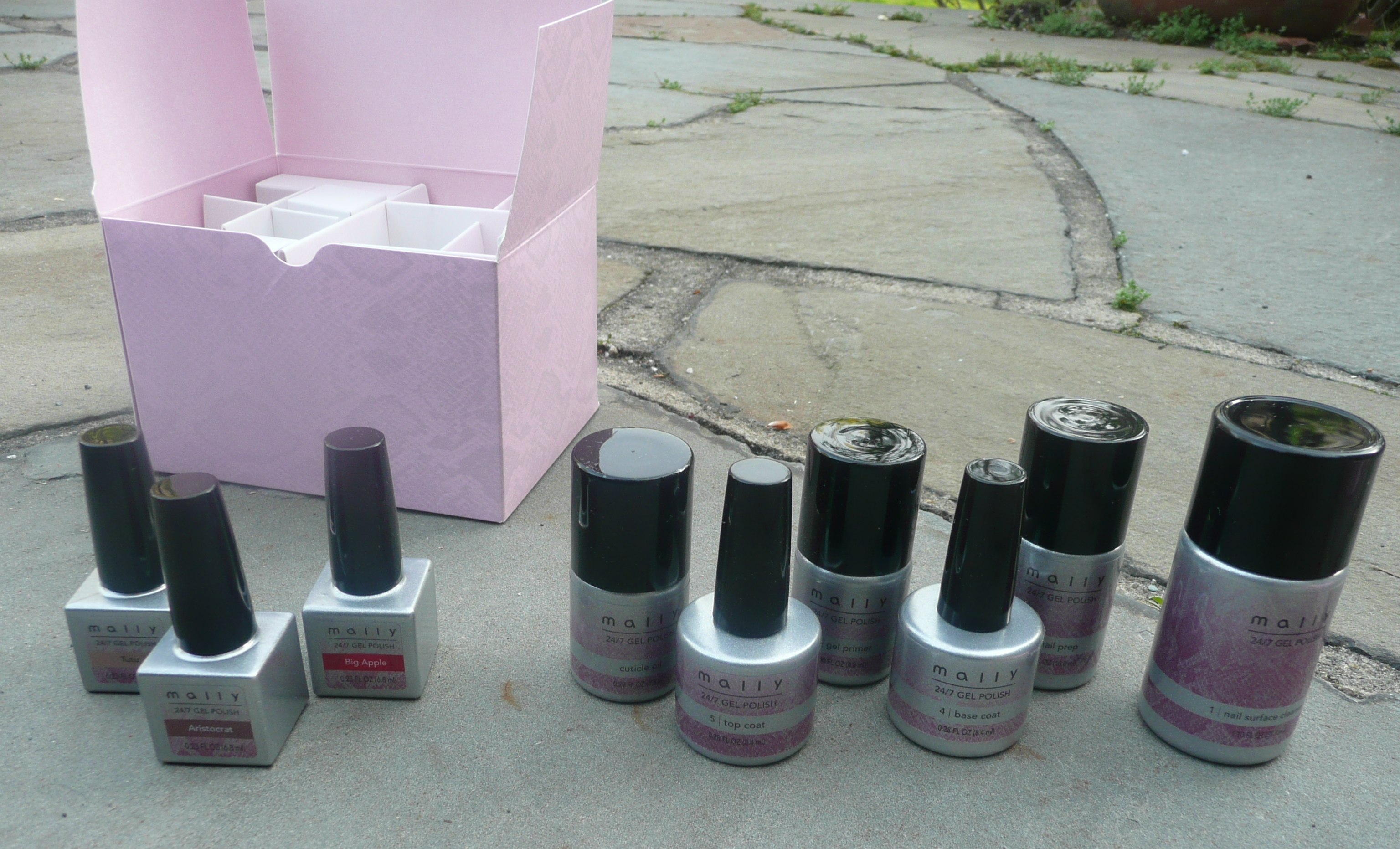 Unboxing: Mally 24/7 16 Piece Gel Nail System | The Girly Girl