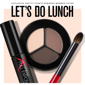 Deals of the Day: Smashbox, IT Cosmetics, Bluefly